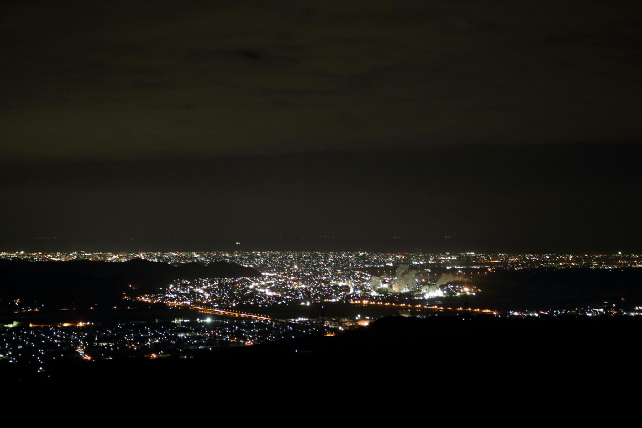 【掛川市】粟ヶ岳山頂からの夜景のすゝめ[祝かっぽしテラス完成!]